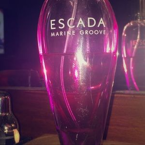 ESCADA Marine Groove